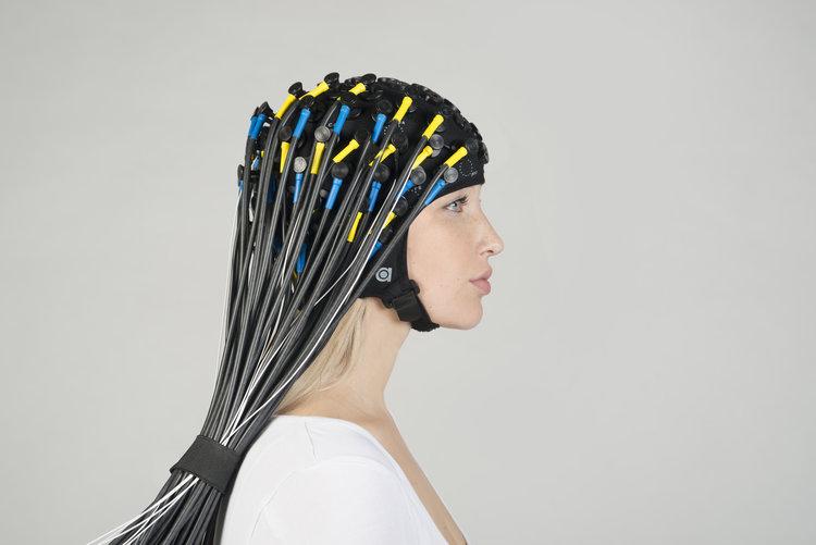 Oxymon+nirs+eeg+pin+electrodes+full+cap+03